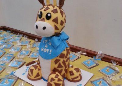 Giraffe Cake And Cookies