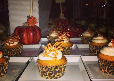 Pumpkin Spice Cream Cheese Cupcakes