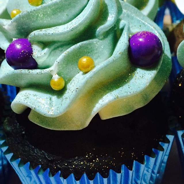 Shimmery Cupcakes