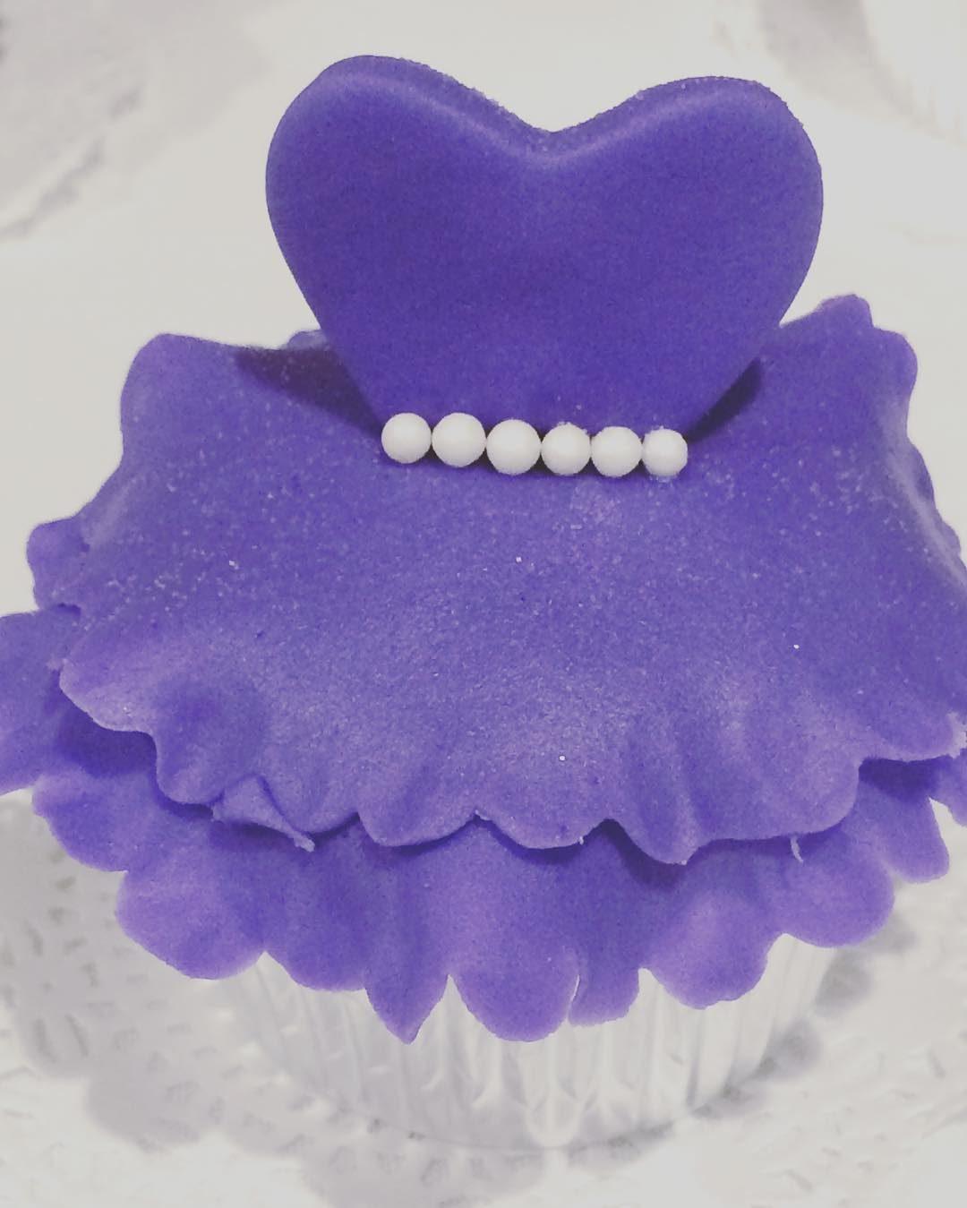 3D Dress Cupcakes