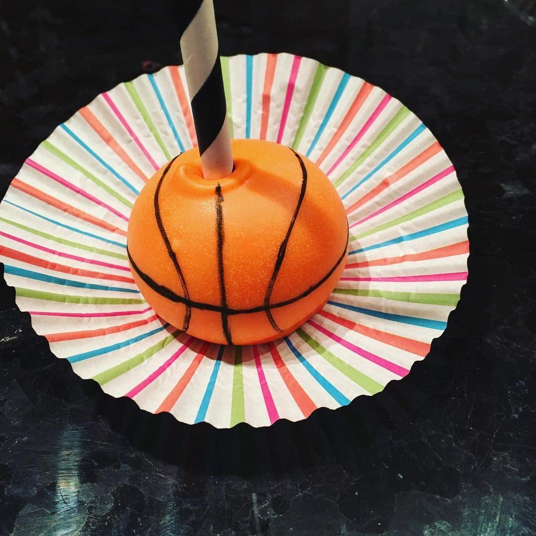 Basketball Cake Pop