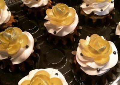 Golden Rose Cupcakes