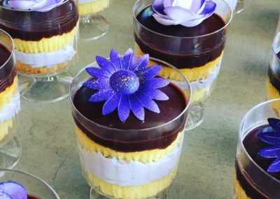 Vanilla Cake cups With Buttercream